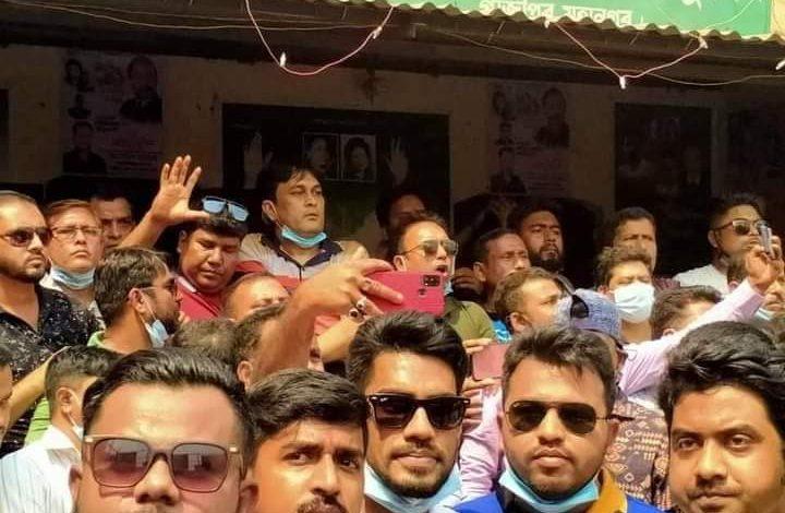 Photo of গাজীপুরে যুবদল, স্বেচ্ছাসেবক দল ও ছাত্রদলের সঙ্গে পুলিশের ধাওয়া পাল্টা ধাওয়া ও গুলিবর্ষণ