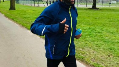 Photo of Barkingside Councillor fulfils pledge to run: 5km a week to raise money for local families in need